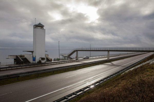 De afsluitdijk. Foto: Jorrit 't Hoen